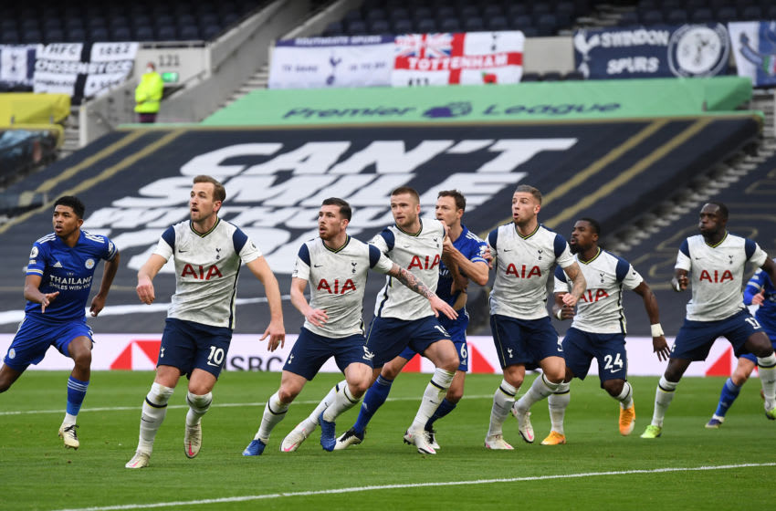 LONDON, ENGLAND - DECEMBER 20: (l-r) Harry Kane , Pierre-Emile Hojbjerg, Eric Dier , Jonny Evans of Leicester City , Toby Alderweireld , Serge Aurier and Moussa Sissoko of Tottenham Hotspur compete during the Premier League match between Tottenham Hotspur and Leicester City at Tottenham Hotspur Stadium on December 20, 2020 in London, England. The match will be played without fans, behind closed doors as a Covid-19 precaution. (Photo by Andy Rain - Pool/Getty Images)