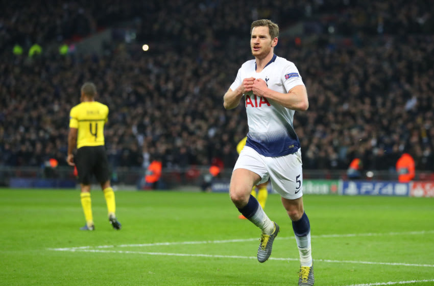 LONDON, ENGLAND - FEBRUARY 13: Jan Vertonghen of Tottenham celebrates scoring to make it 2-0 during the UEFA Champions League Round of 16 First Leg match between Tottenham Hotspur and Borussia Dortmund at Wembley Stadium on February 13, 2019 in London, England. (Photo by Catherine Ivill/Getty Images)