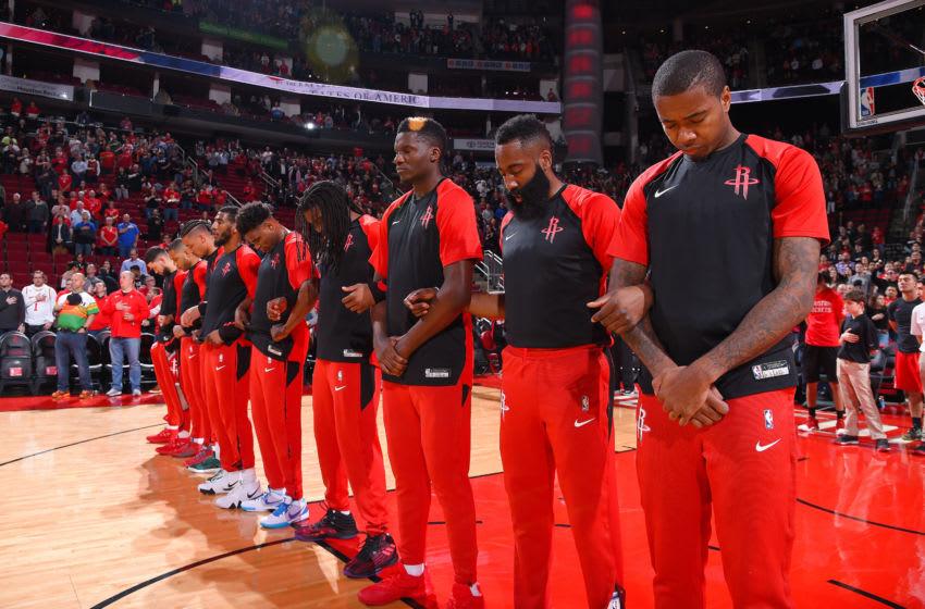 Houston Rockets huddle (Photo by Bill Baptist/NBAE via Getty Images)