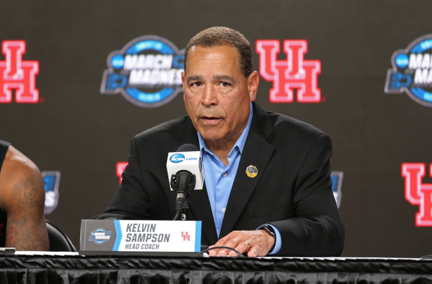 Houston Cougars head basketball coach Kelvin Sampson (Photo by Scott Winters/Icon Sportswire via Getty Images)