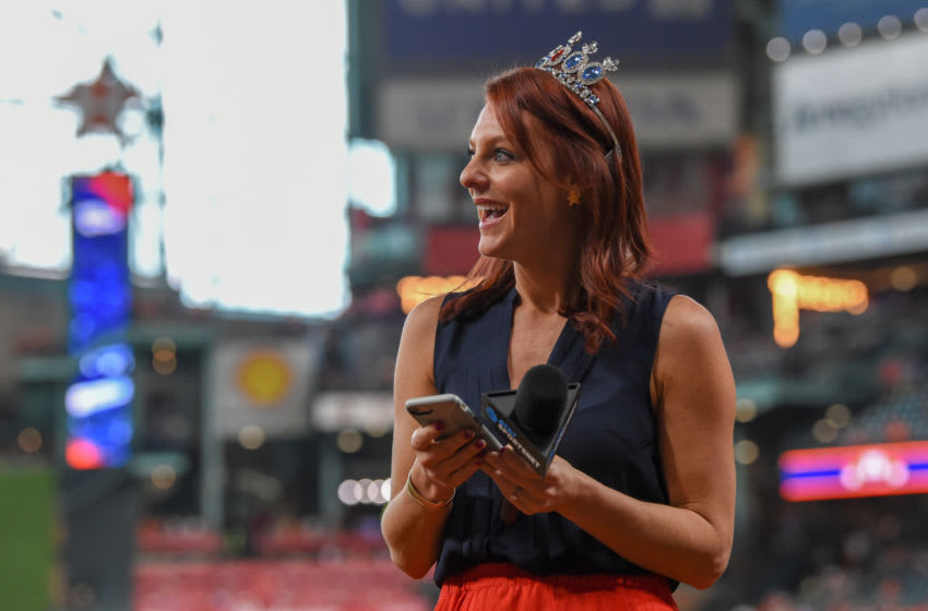 Houston Astros sideline reporter Julia Morales (Photo by Ken Murray/Icon Sportswire via Getty Images)