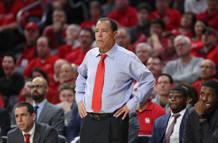 Houston Cougars head basketball coach Kelvin Sampson (Photo by Ian Johnson/Icon Sportswire via Getty Images)
