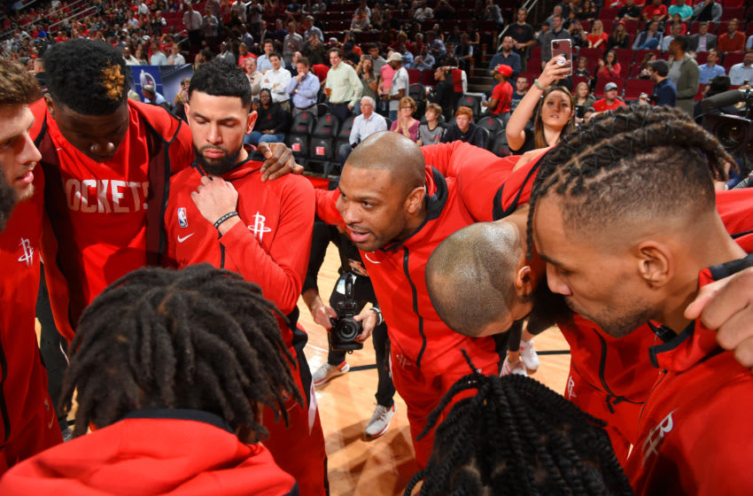 Houston Rockets in the huddle (Photo by Bill Baptist/NBAE via Getty Images)
