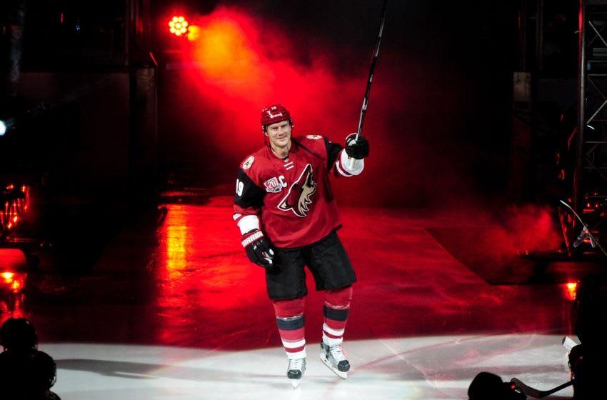 Oct 15, 2016; Glendale, AZ, USA; Arizona Coyotes right wing Shane Doan (19) takes the ice to start the game against Philadelphia Flyers at Gila River Arena. Mandatory Credit: Matt Kartozian-USA TODAY Sports
