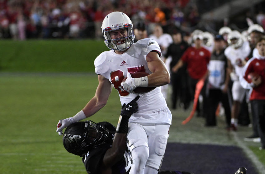 EVANSTON, IL- SEPTEMBER 24: Brandon Reilly #87 of the Nebraska Cornhuskers runs after catching a pass against the Northwestern Wildcats on September 24, 2016 at Ryan Field in Evanston, Illinois. The Nebraska Cornhuskers won 24-13. (Photo by David Banks/Getty Images)