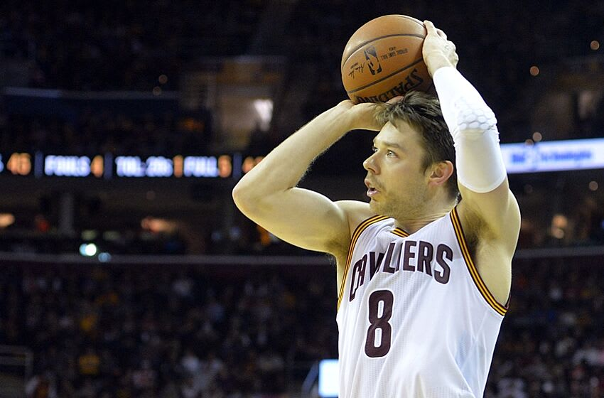 Nov 8, 2015; Cleveland, OH, USA; Cleveland Cavaliers guard Matthew Dellavedova (8) attempts a shot in the second quarter against the Indiana Pacers at Quicken Loans Arena. Mandatory Credit: David Richard-USA TODAY Sports