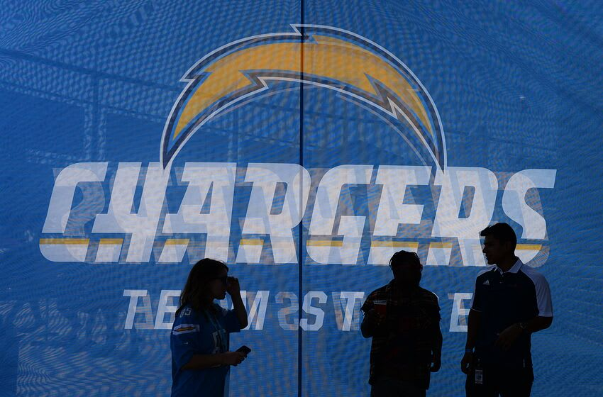 CARSON, CA - AUGUST 20: Fans walk into a Los Angeles Charges team store to shop before the pre season football game against New Orleans Saints at the StubHub Center August 20, 2017, in Carson, California. (Photo by Kevork Djansezian/Getty Images)