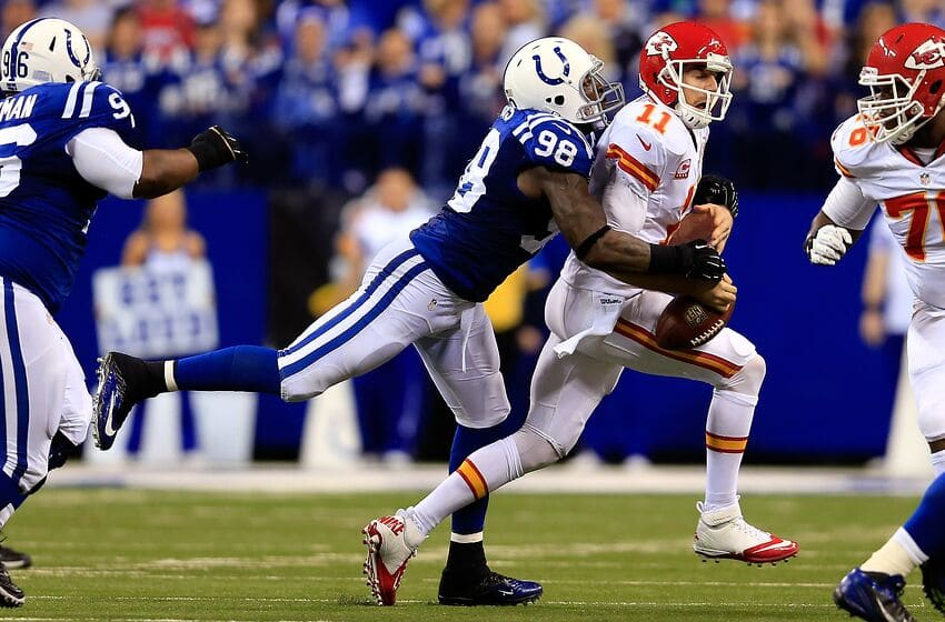 INDIANAPOLIS, IN - JANUARY 04: Outside linebacker Robert Mathis