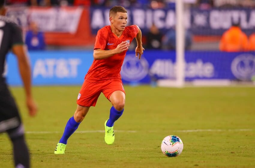 EAST RUTHERFORD, NJ - SEPTEMBER 06: United States midfielder Wil Trapp (6) during the first half of the International Friendly soccer game between the the United States and Mexico on September 6, 2019 at LetLife Stadium in East Rutherford, NJ. (Photo by Rich Graessle/Icon Sportswire via Getty Images)e)