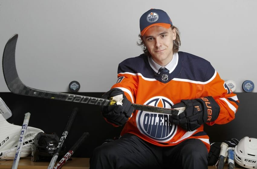 VANCOUVER, BRITISH COLUMBIA - JUNE 22: Raphael Lavoie poses after being selected 38th overall by the Edmonton Oilers during the 2019 NHL Draft at Rogers Arena on June 22, 2019 in Vancouver, Canada. (Photo by Kevin Light/Getty Images)