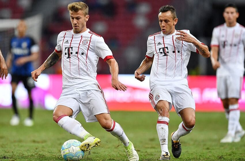 SINGAPORE - JULY 27: Niklas Dorsch #30 and Rafinha #13 of FC Bayern Muenchen during the International Champions Cup match between FC Bayern Munich and FC Internazionale at National Stadium on July 27, 2017 in Singapore. (Photo by Thananuwat Srirasant/Getty Images for ICC)