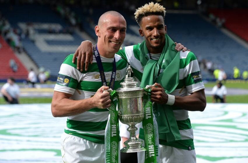 GLASGOW, SCOTLAND - MAY 19: Scott Brown (L), and Scott Sinclair of Celtic celebrates as Celtic beat Motherwell 2-0 during the Scottish Cup Final between Celtic and Motherwell at Hampden Park on May 19, 2018 in Glasgow, Scotland. (Photo by Mark Runnacles/Getty Images)