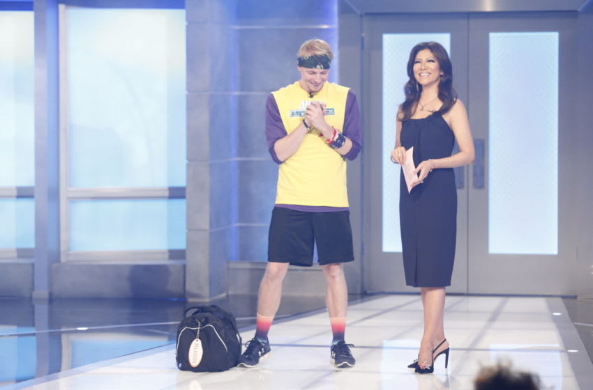 Scottie Salton gives advice to future Big Brother cast members. (Scottie Salton and Julie Chen Photo: Sonja Flemming/CBS)