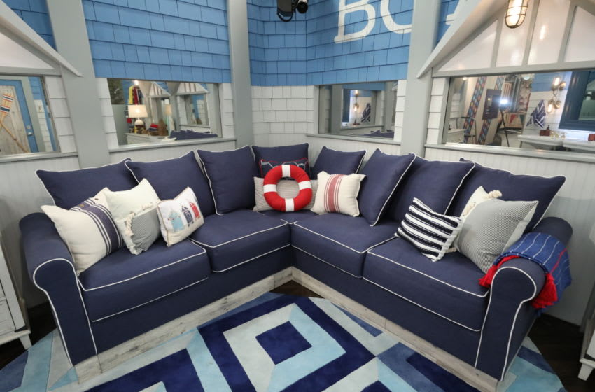 Houseguests can head into the boathouse-themed bathroom, complete with paddles on the door and awnings over the roomÕs mirrors. Following the Tuesday, June 25 and Wednesday, June 26 (8:00-9:00 PM, ET/PT) two-night premiere, BIG BROTHER will be broadcast Sunday, June 30 (8:00-9:00 PM, ET/PT) and Tuesday, July 2 (8:00-9:00 PM, ET/PT). The first live eviction airs Wednesday, July 3. As of Wednesday, July 10, the show moves to its regular schedule of Wednesdays (9:00-10:00 PM, ET/PT), Thursdays, featuring the live evictions (9:00-10:00 PM, LIVE ET/Delayed PT) and Sundays (8:00-9:00 PM, ET/PT). Photo: Monty Brinton/CBS ©2019 CBS Broadcasting, Inc. All Rights Reserved