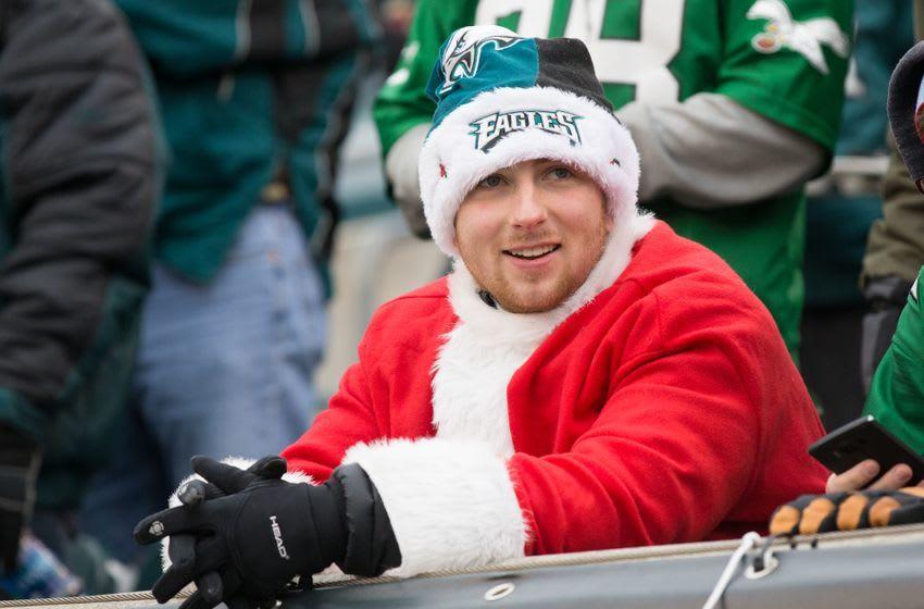Dec 11, 2016; Philadelphia, PA, USA; A Philadelphia Eagles fan wearing a santa hat before action W  at Lincoln Financial Field. Mandatory Credit: Bill Streicher-USA TODAY Sports