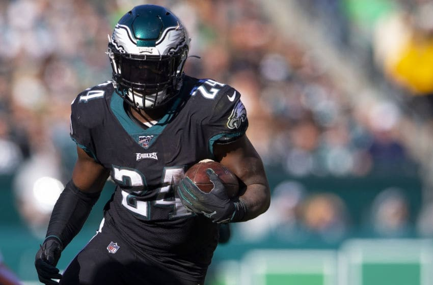 PHILADELPHIA, PA - NOVEMBER 03: Jordan Howard #24 of the Philadelphia Eagles runs the ball against the Chicago Bears at Lincoln Financial Field on November 3, 2019 in Philadelphia, Pennsylvania. (Photo by Mitchell Leff/Getty Images)