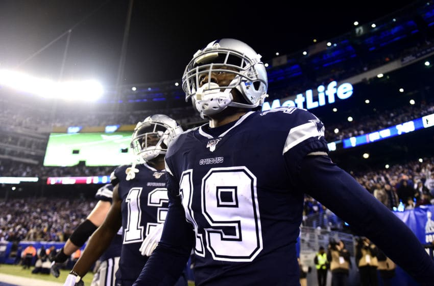EAST RUTHERFORD, NEW JERSEY - NOVEMBER 04: Amari Cooper #19 of the Dallas Cowboys celebrates his touchdown in the fourth quarter of their game against the New York Giants at MetLife Stadium on November 04, 2019 in East Rutherford, New Jersey. (Photo by Emilee Chinn/Getty Images)