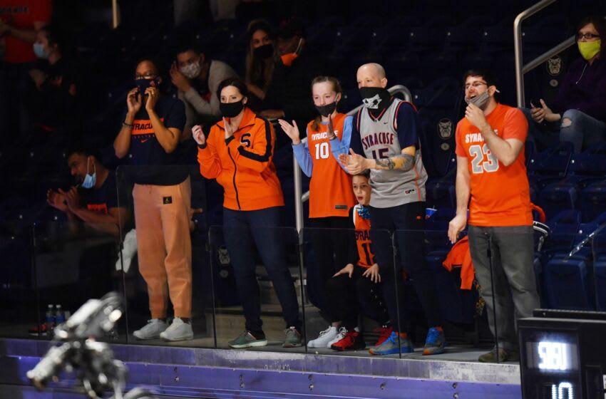 Syracuse basketball (Mandatory Credit: Patrick Gorski-USA TODAY Sports)