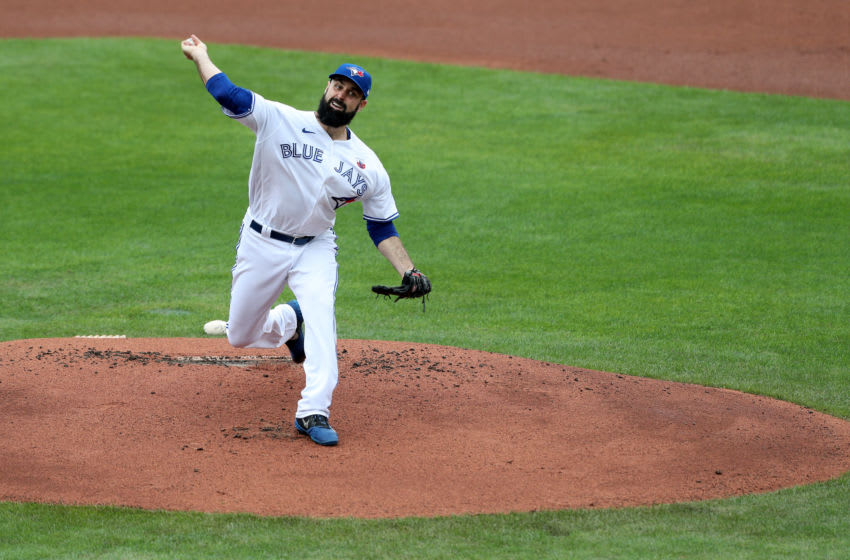 BUFFALO, NEW YORK - AUGUST 16: Matt Shoemaker #34 of the Toronto Blue Jays pitches during the first inning of game two of a double header against the Tampa Bay Rays at Sahlen Field on August 16, 2020 in Buffalo, New York. The Blue Jays are the home team and are playing their home games in Buffalo due to the Canadian government's policy on coronavirus (COVID-19). (Photo by Bryan M. Bennett/Getty Images)