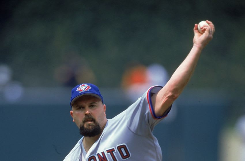 3 Jul 2000: Pitcher David Wells #33 of Toronto Blue Jays pitching the ball during the game against the Baltimore Orioles at Camden Yards in Baltimore, Maryland. The Blue Jays defeated the Orioles 9-4.Mandatory Credit: Ezra O. Shaw /Allsport