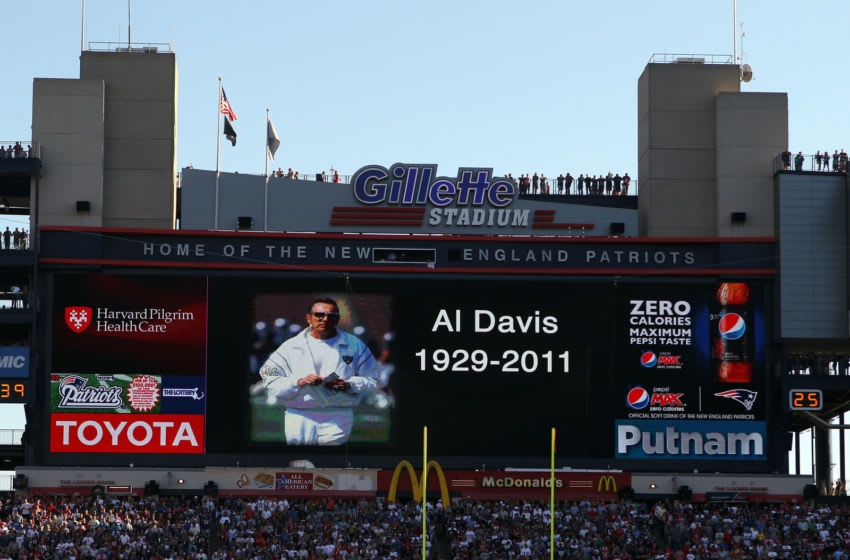 FOXBORO, MA - OCTOBER 09: The New England Patriots and the New York Jets have a moment of silence before the game to honor the passing of Oakland Raiders owner Al Davis on October 9, 2011 at Gillette Stadium in Foxboro, Massachusetts. (Photo by Elsa/Getty Images)