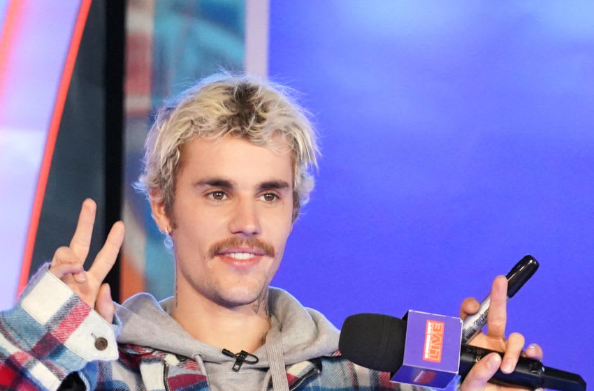 """NEW YORK, NEW YORK - FEBRUARY 07: Justin Bieber appears onstage at MTV's """"Fresh Out Live"""" on February 07, 2020 in New York City. (Photo by Cindy Ord/Getty Images for MTV)"""