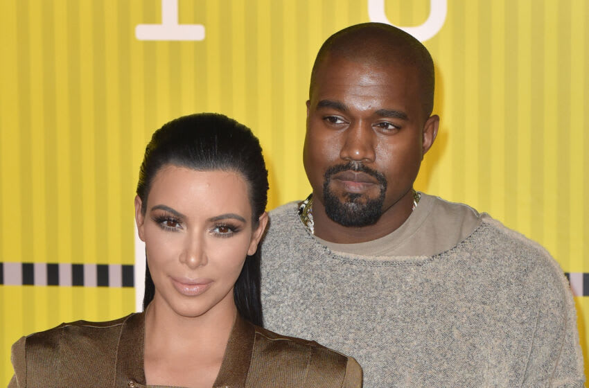 LOS ANGELES, CA - AUGUST 30: Kim Kardashian and Kanye West arrive to the 2015 MTV Video Music Awards at Microsoft Theater on August 30, 2015 in Los Angeles, California. (Photo by C Flanigan/Getty Images)