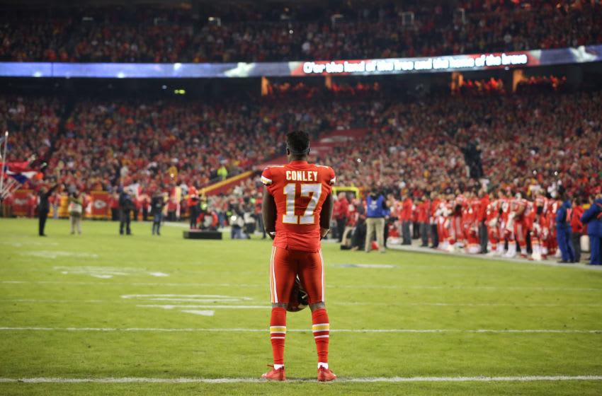 KANSAS CITY, MO - DECEMBER 13: Kansas City Chiefs wide receiver Chris Conley (17) stands during the National Anthem before an NFL game between the Los Angeles Chargers and Kansas City Chiefs on December 13, 2018 at Arrowhead Stadium in Kansas City, MO. (Photo by Scott Winters/Icon Sportswire via Getty Images)