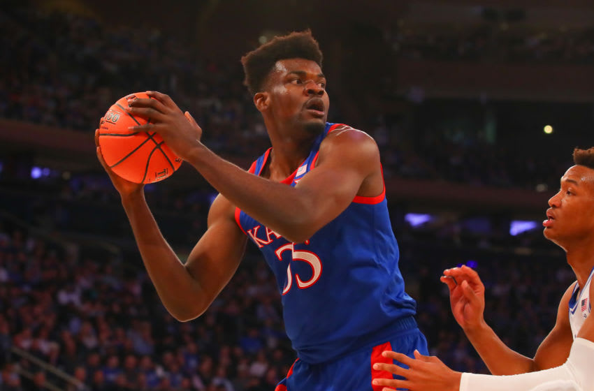 NEW YORK, NY - NOVEMBER 05: Kansas Jayhawks center Udoka Azubuike (35) controls the ball during the first half of the State Farm Champions Classic college basketball game between the Duke Blue Devils and the Kansas Jayhawks on November 5, 2019 at Madison Square Garden in New York, NY (Photo by Rich Graessle/Icon Sportswire via Getty Images)