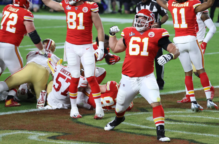MIAMI, FLORIDA - FEBRUARY 02: Stefen Wisniewski #61 of the Kansas City Chiefs reacts after a play near the goal line in the first quarter against the San Francisco 49ers in Super Bowl LIV at Hard Rock Stadium on February 02, 2020 in Miami, Florida. (Photo by Al Bello/Getty Images)