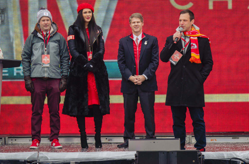 KANSAS CITY, MO - FEBRUARY 05: Kansas City Chiefs General Manager Brett Veach (R) addresses fans during the Kansas City Chiefs Victory Parade on February 5, 2020 in Kansas City, Missouri. (Photo by Kyle Rivas/Getty Images)