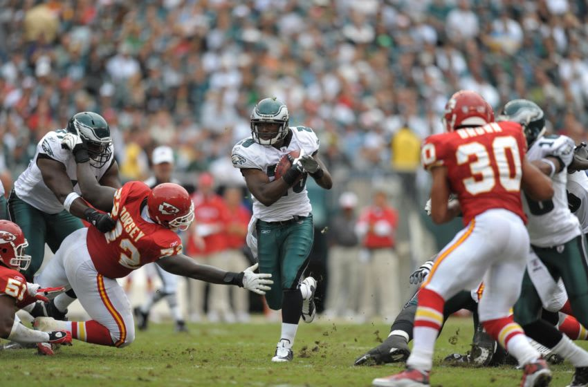 PHILADELPHIA - SEPTEMBER 27: Running back LeSean McCoy #29 of the Philadelphia Eagles runs the ball during the game against the Kansas City Chiefs on September 27, 2009 at Lincoln Financial Field in Philadelphia, Pennsylvania. The Eagles won 34-14. (Photo by Drew Hallowell/Getty Images)