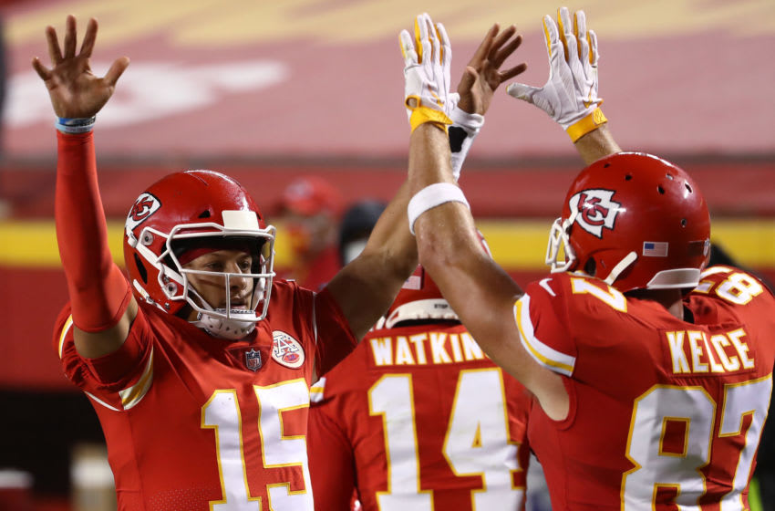 KANSAS CITY, MISSOURI - SEPTEMBER 10: Patrick Mahomes #15 celebrates a touchdown with teammate Travis Kelce #87 of the Kansas City Chiefs during the second quarter against the Houston Texans at Arrowhead Stadium on September 10, 2020 in Kansas City, Missouri. (Photo by Jamie Squire/Getty Images)