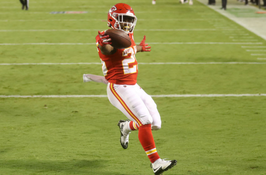 Clyde Edwards-Helaire #25 of the Kansas City Chiefs scores a touchdown (Photo by Jamie Squire/Getty Images)