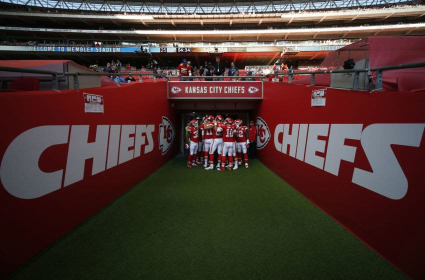 LONDON, ENGLAND - NOVEMBER 01: Kansas City Chiefs have a group hug before taking to the pitch for a warm up during the NFL game between Kansas City Chiefs and Detroit Lions at Wembley Stadium on November 01, 2015 in London, England. (Photo by Alan Crowhurst/Getty Images)
