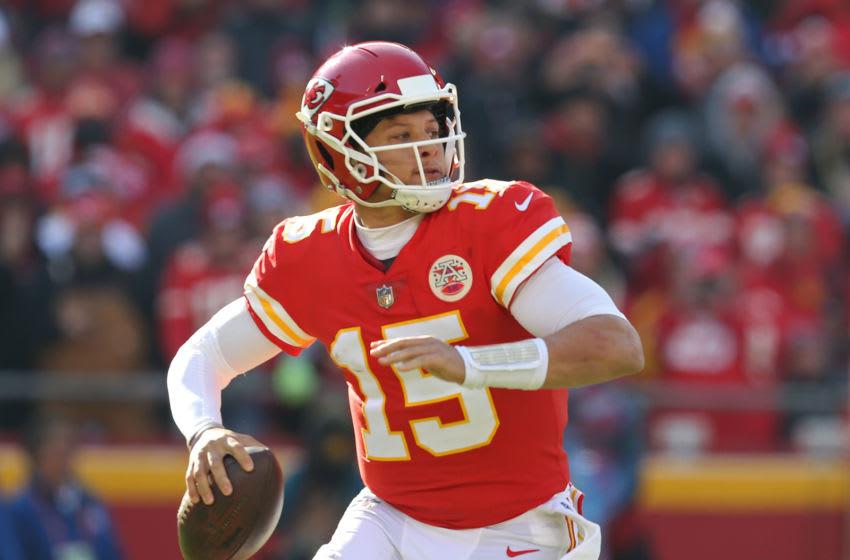 Kansas City Chiefs quarterback Patrick Mahomes (15) (Photo by Scott Winters/Icon Sportswire via Getty Images)