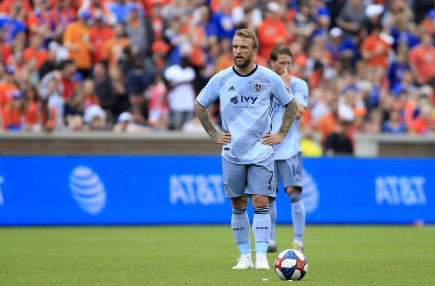 CINCINNATI, OHIO - APRIL 07: Johnny Russell #7 of the Sporting Kansas City in action in the match against the Cincinnati FC at Nippert Stadium on April 07, 2019 in Cincinnati, Ohio. (Photo by Justin Casterline/Getty Images)