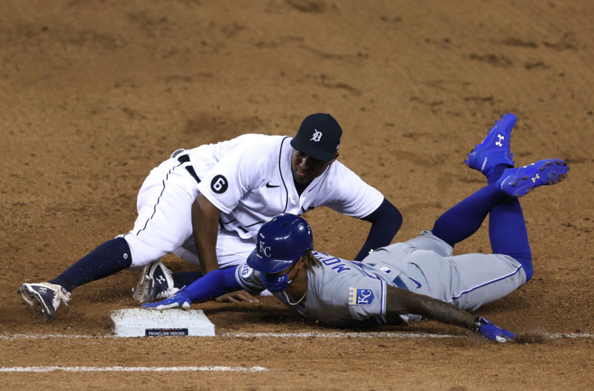 DETROIT, MICHIGAN - JULY 28: Adalberto Mondesi #27 of the Kansas City Royals is tagged out trying to get back to first base after a dropped infield fly ball by Jonathan Schoop #8 of the Detroit Tigers at Comerica Park on July 28, 2020 in Detroit, Michigan. Detroit won the game 4-3. (Photo by Gregory Shamus/Getty Images)