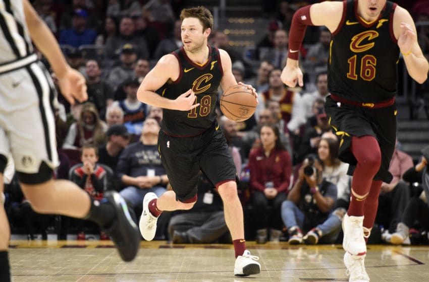Cleveland Cavaliers guard Matthew Dellavedova handles the ball. (Photo by Jason Miller/Getty Images)