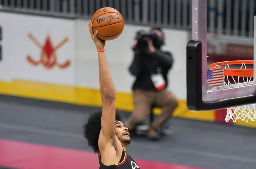 Cleveland Cavaliers big Jarrett Allen dunks the ball. (Photo by Jason Miller/Getty Images)