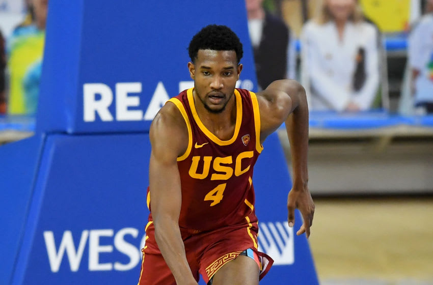 USC Trojans big Evan Mobley takes the ball down the floor. (Photo by Jayne Kamin-Oncea/Getty Images)