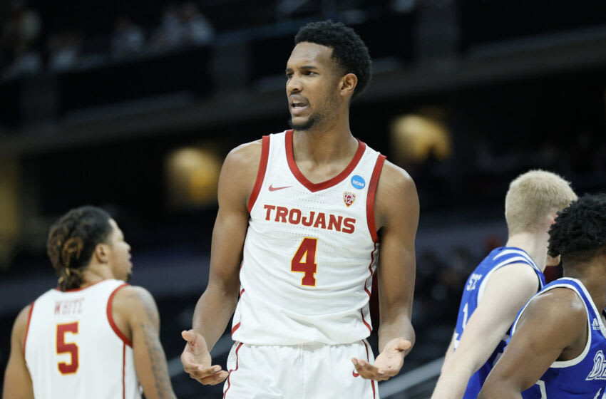 Evan Mobley, USC Trojans. Photo by Sarah Stier/Getty Images