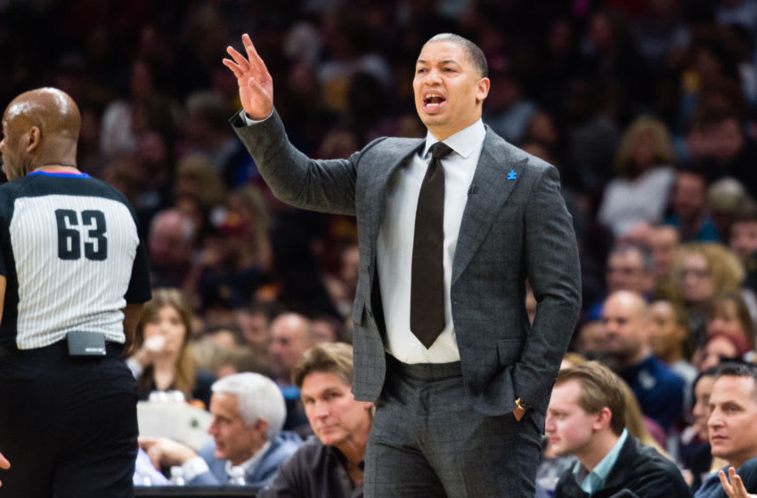 Cleveland Cavaliers then-head coach Tyronn Lue yells to a player in-game. (Photo by Jason Miller/Getty Images)