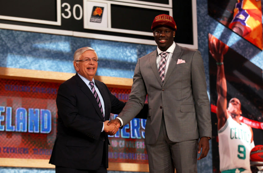 Anthony Bennett of the Cleveland Cavaliers (right) poses for a photo at the 2013 NBA Draft. (Photo by Mike Stobe/Getty Images)