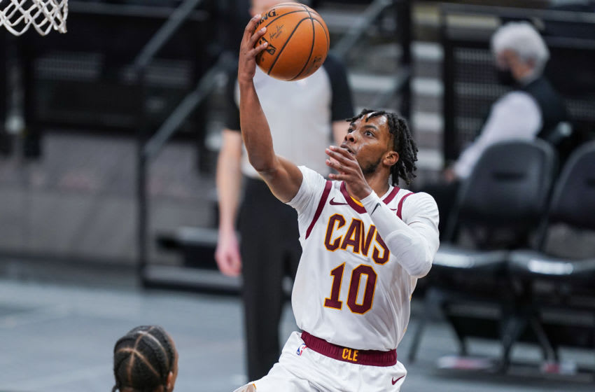 Cleveland Cavaliers guard Darius Garland shoots the ball. (Photo by Daniel Dunn-USA TODAY Sports)