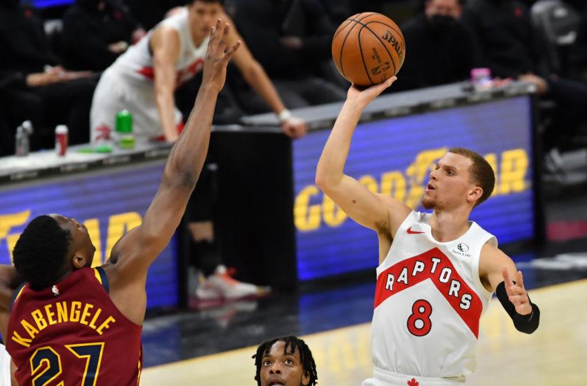 Cleveland Cavaliers big Mfiondu Kabengele contests a shot. (Photo by Ken Blaze-USA TODAY Sports)