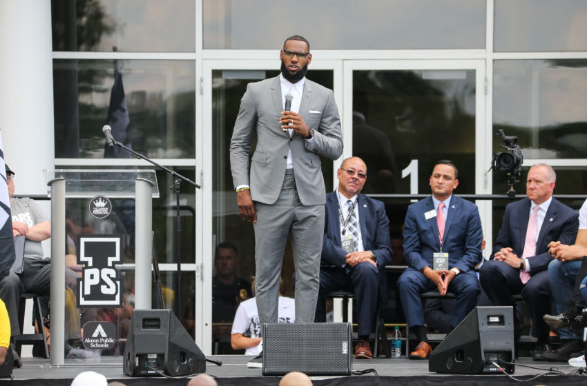 AKRON, OH - JULY 30: LeBron James addresses a crowd of students, parents, local officials and sponsors at the grand opening of the I Promise school on July 30, 2018 in Akron, Ohio. The new school is a partnership between the LeBron James Family foundation and Akron Public Schools. NOTE TO USER: User expressly acknowledges and agrees that, by downloading and/or using this Photograph, user is consenting to the terms and conditions of the Getty Images License Agreement. Mandatory Copyright Notice: Copyright 2018 NBAE (Photo by Allison Farrand/NBAE via Getty Images)