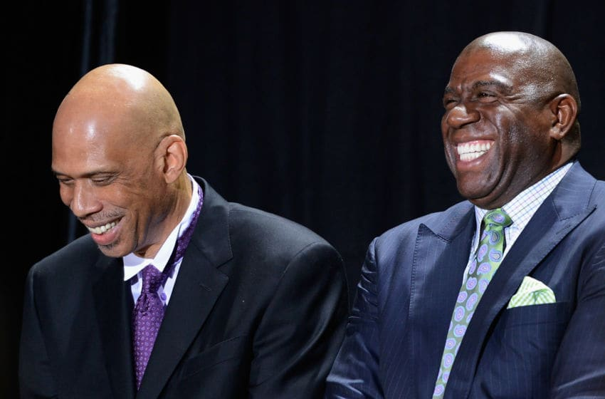 LOS ANGELES, CA - NOVEMBER 16: Los Angeles Lakers legend Kareem Abdul-Jabbar (L) and Earvin