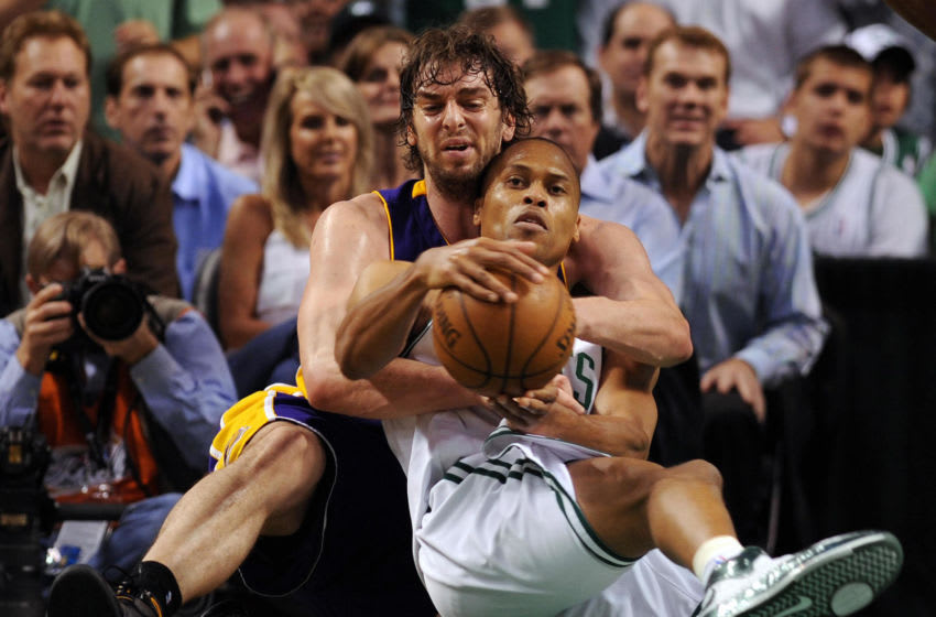 Boston Celtics' P.J. Brown fights (R) for the ball with Los Angeles Lakers' Pau Gasol (L) during Game 6 of the 2008 NBA Finals in Boston, Massachusetts, June 17, 2008. The Boston Celtics captured the National Basketball Association championship, routing the Los Angeles Lakers 131-92 to win the best-of-seven NBA Finals four games to two. AFP PHOTO / GABRIEL BOUYS (Photo credit should read GABRIEL BOUYS/AFP via Getty Images)