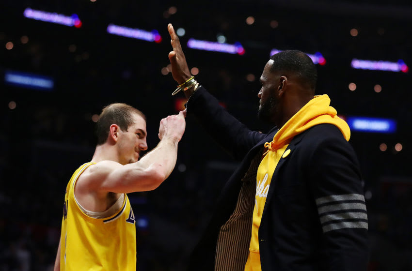 Los Angeles Lakers (Photo by Yong Teck Lim/Getty Images)